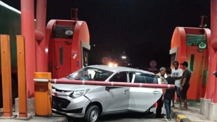 Dibegal Lalu Diejek, Sopir Truk Tabrak Daihatsu Sigra Rombongan Begal di Pintu Tol Balaraja